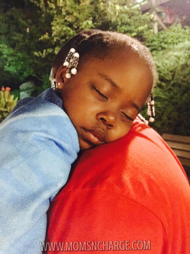 #HersheyPark - sleeping baby - momsncharge