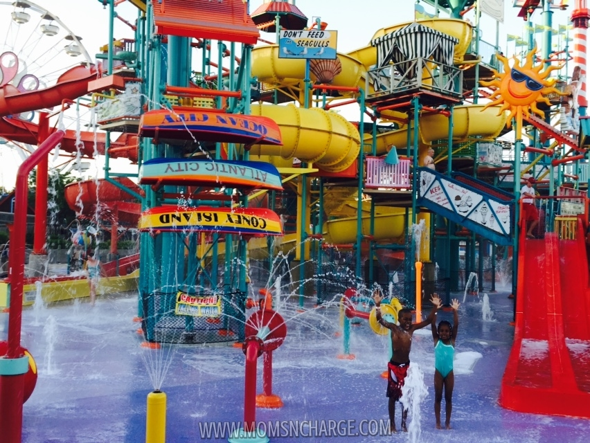 #HersheyPark - waterpark - momsncharge
