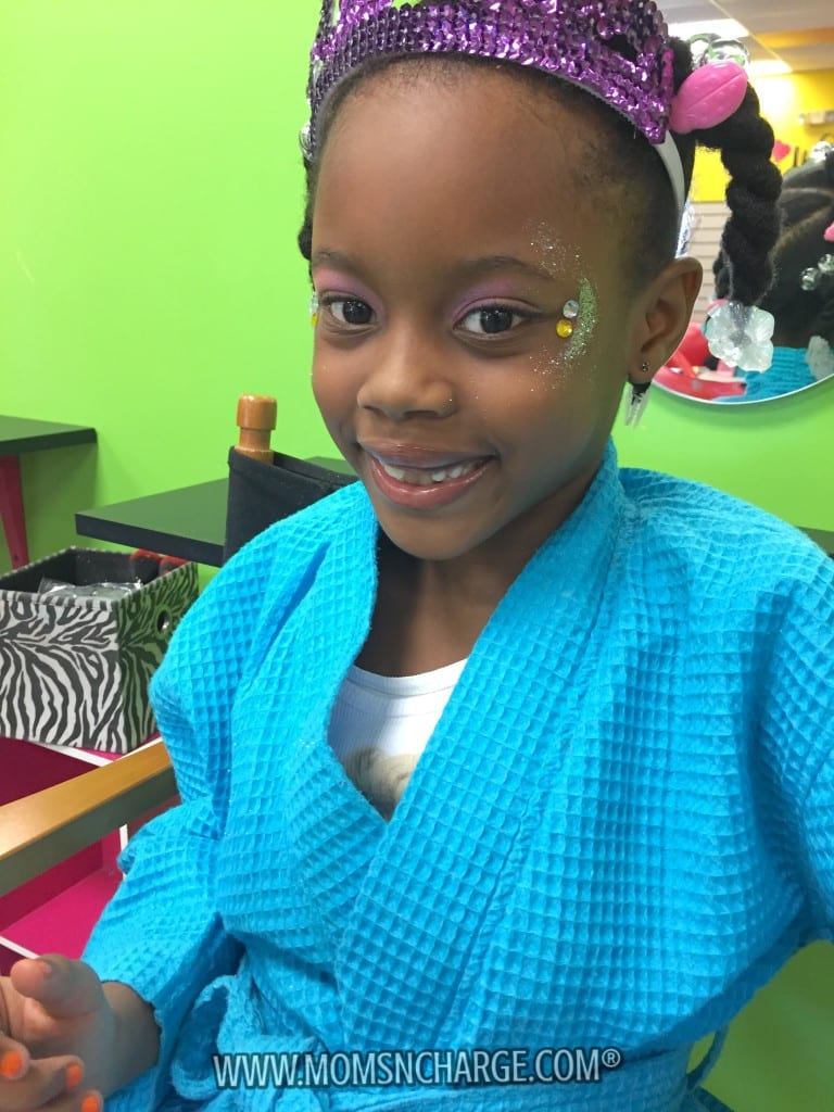 Rotten to the Core Kids Spa - MomsNCharge - R2CKidzSpa_24