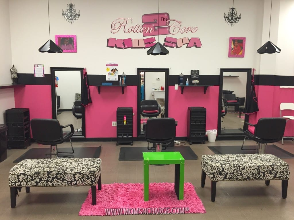 Rotten to the Core Kids Spa - MomsNCharge - R2CKidzSpa_28