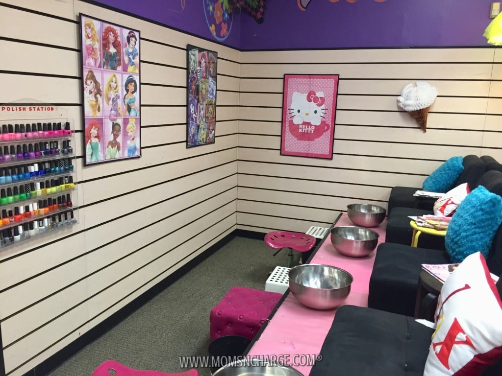 Rotten to the Core Kids Spa - MomsNCharge - R2CKidzSpa_37