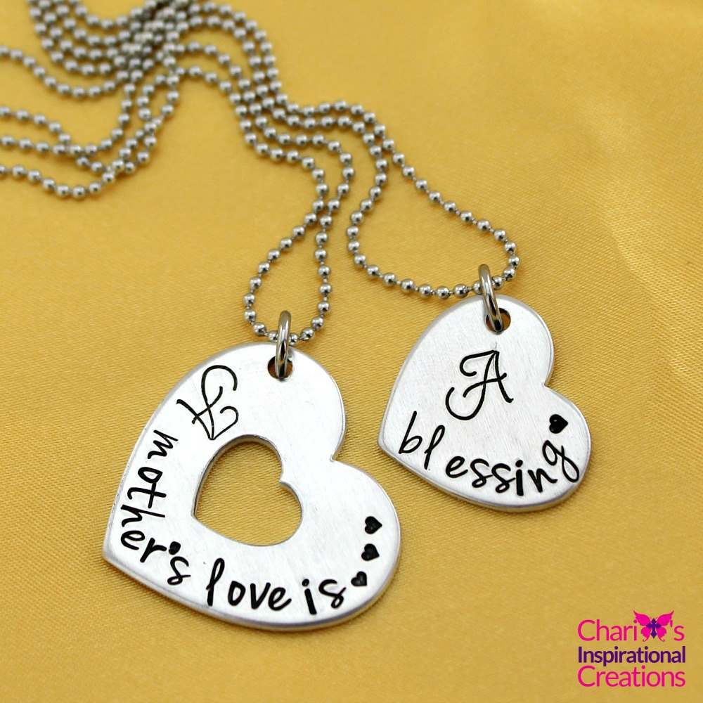 A mothers love necklace set CIC