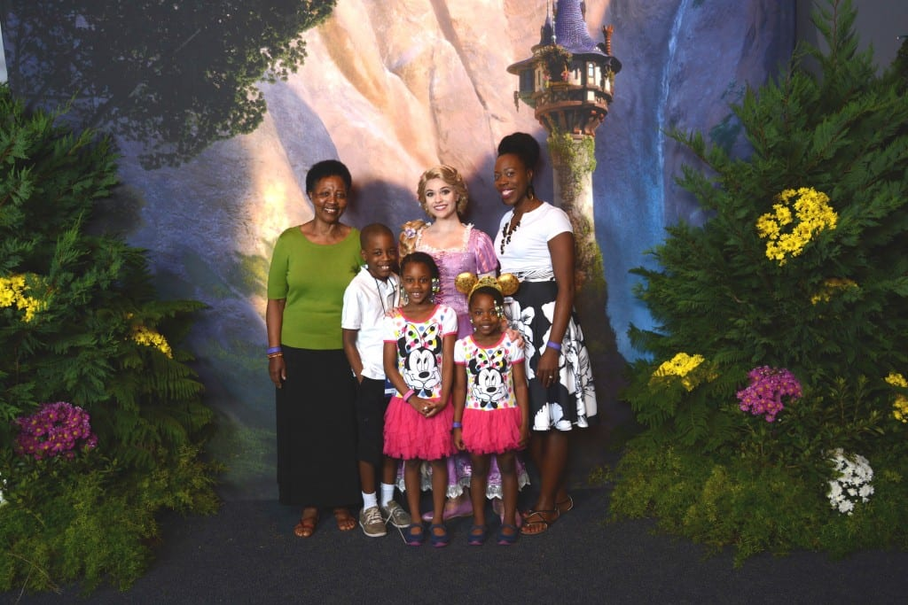 #DisneySMMC - MomsNCharge Disney Social Media Moms_38 (1)
