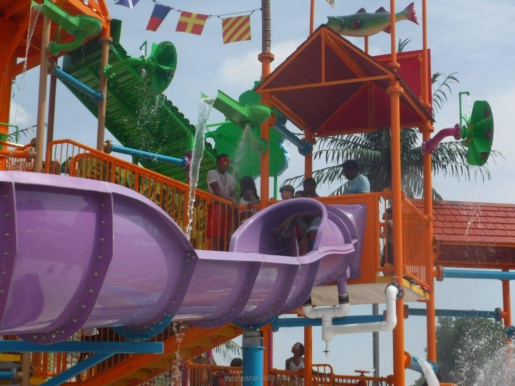 Six Flags Splash Waterfalls - MomsNCharge_08