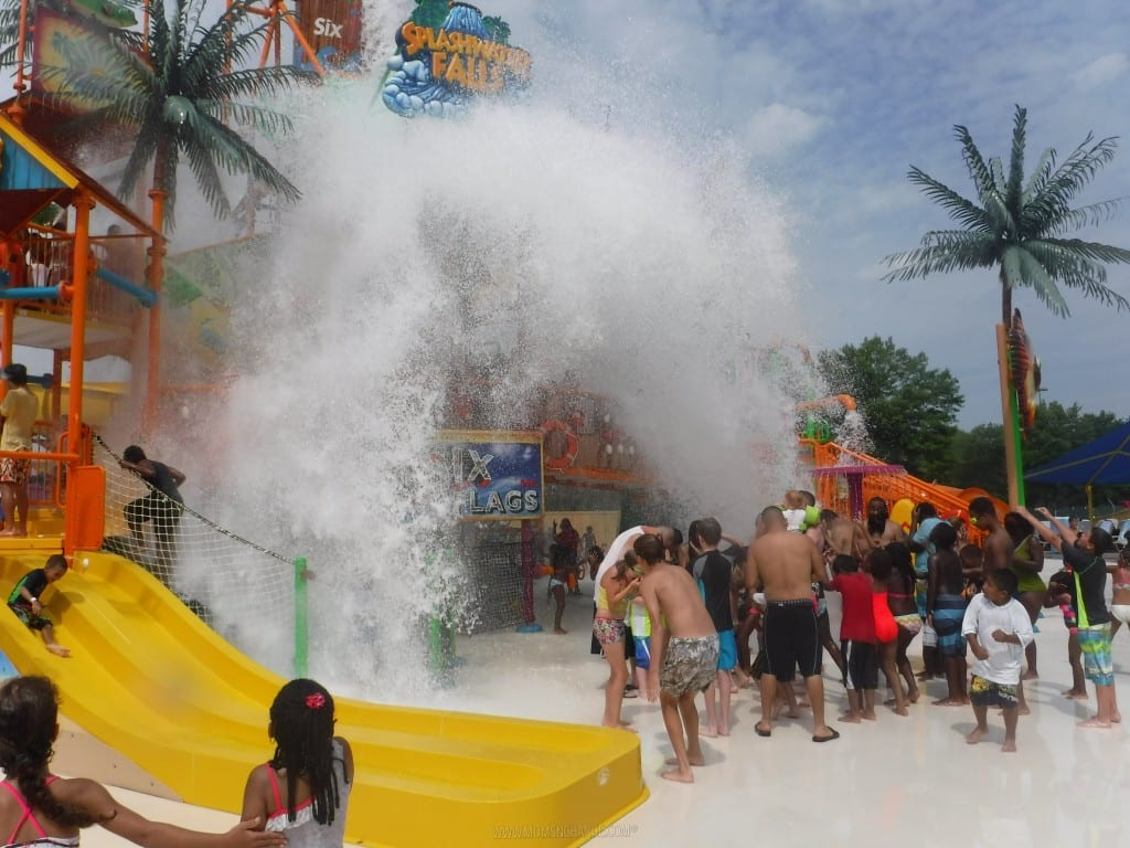 Six Flags Splash Waterfalls - MomsNCharge_14