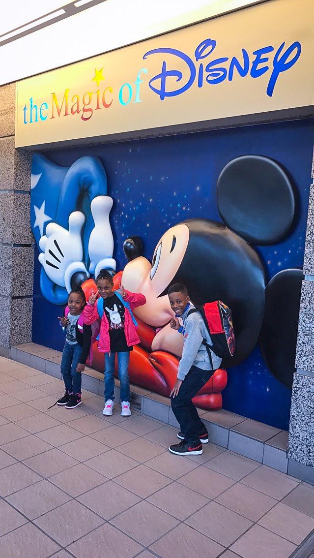 Disney Orlando airport #DisneySMMC