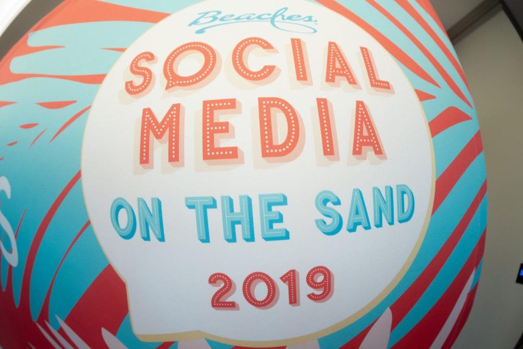 Social media on the sand 2019